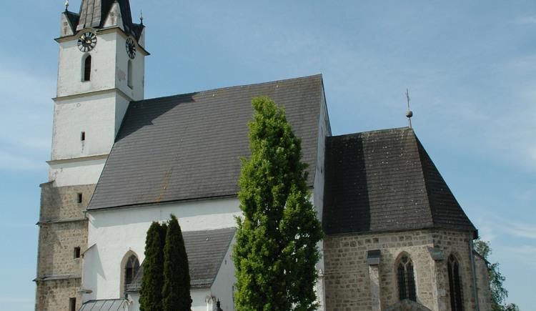 Mühlheim - Pfarrkirche außen.jpg