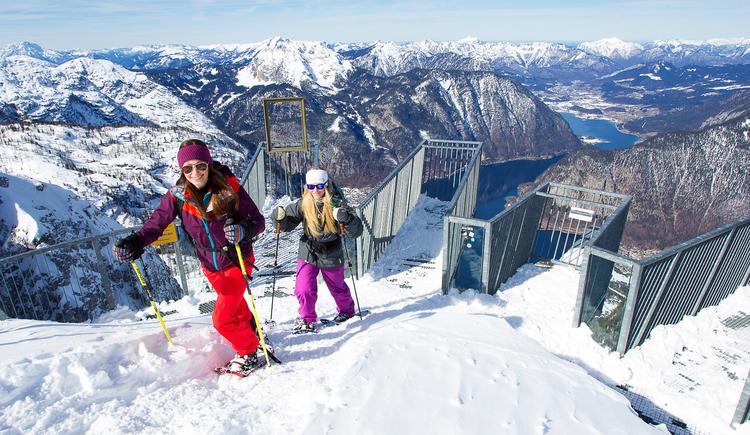 Schneeschuhwandern zu den 5fingers. (© Dachstein Tourismus AG/Manfred Schöpf)