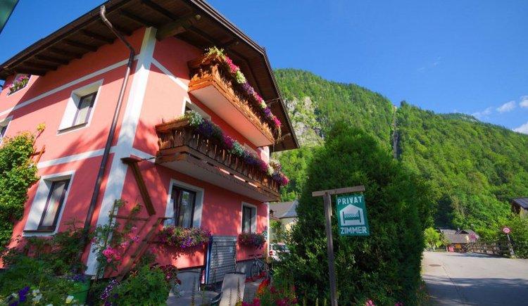 Das Haus Höll Herta in Hallstatt. (© Höll Herta)
