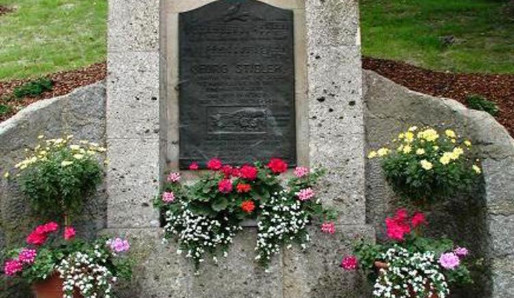 Stibler Denkmal aspach.JPG