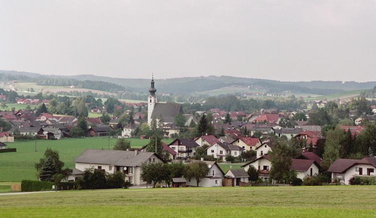 Frankenburg am Hausruck Ortsaufnahme. (© TTG Tourismus Technologie)
