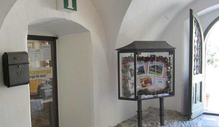 Seit 1997 befindet sich das Tourismusbüro von Bad Goisern im sogenannten Höplingerhaus direkt in Bad Goisern.
