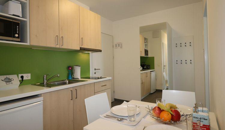 STUWO - Ferienappartements Schüler- und Studentenheim Lambach, Vorraum mit integrierter Kleinküche
