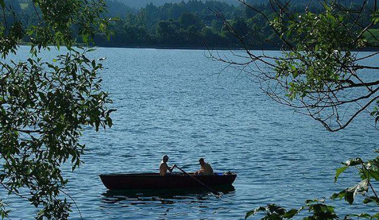 naturbelassener Hintersee; baden, fischen, wandern