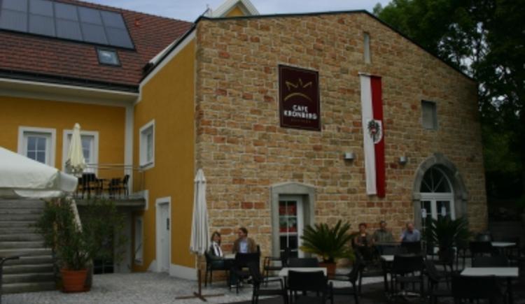 Cafe Kronberg außen.jpg