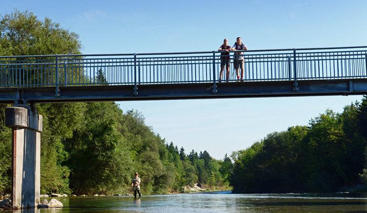 Almsteg bei Bad Wimsbach-Neydharting, Genuss am Almfluss. (© Tourismusverband Almtal-Salzkammergut, Genuss am Almfluss)