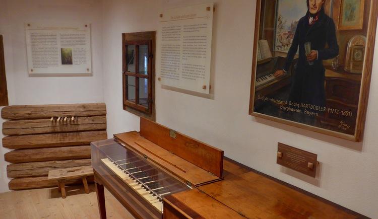 Museum - Originalinstrument von F.X. Gruber (© FXG Gemeinschaft)