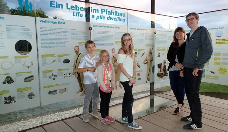 Pfahlbau-Kids-Special mit der Attersee Schifffahrt. (© Gerald Egger)