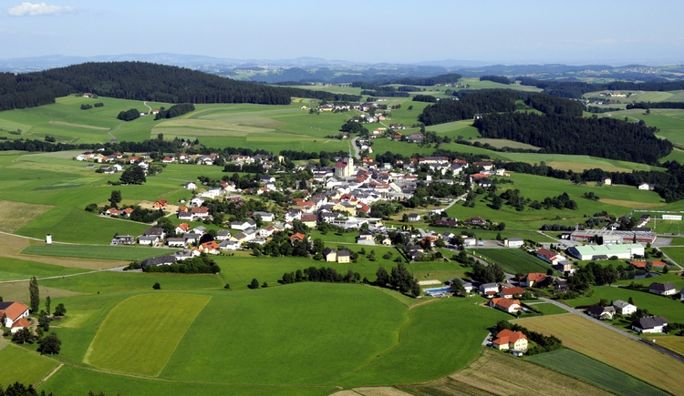 Luftbild Hofkirchen i.M. (© Karl Lindorfer)