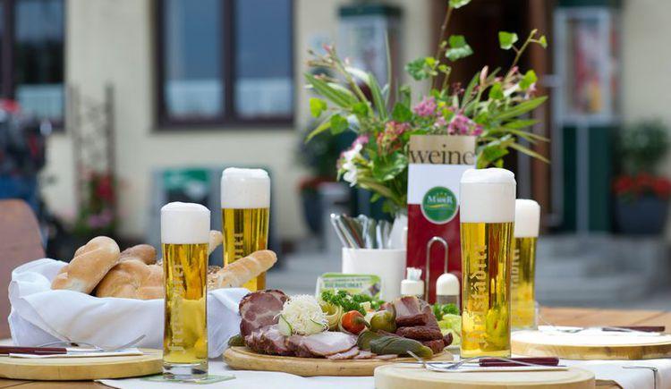 Jause beim Gasthof Mader (© Fam. Altreiter, GH Mader)