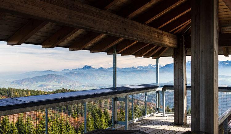 Attergauer Aussichtsturm am Lichtenberg. (© TVB St. Georgen im Attergau)