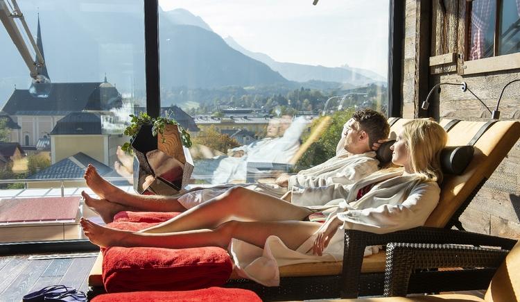Hoteleigner Wellnessbereich SkyLounge am Dach. (© EurothermenResorts)