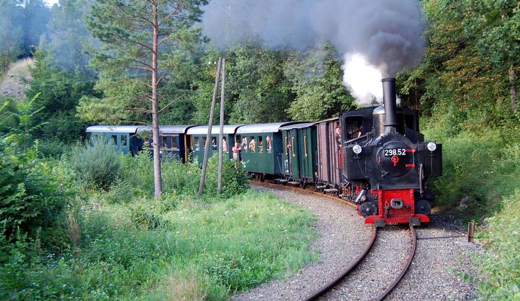 Anreise mit der Steyrtal Museumsbahn\nRadtransport gratis