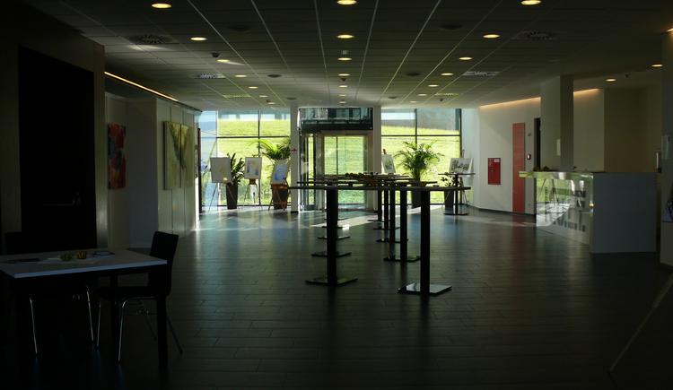 Kult, Foyer