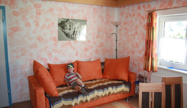 Ein komfortables Sofa. (© Margit Gamsjäger)