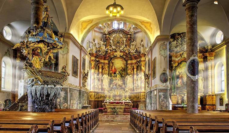 Pfarrkirche Traunkirchen mit Fischerkanzel