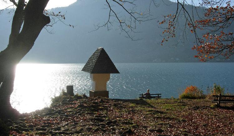 Wer sich für diesen Glücksplatz interessiert, erfährt mehr über die Sage unter www.wolfgangsee.at