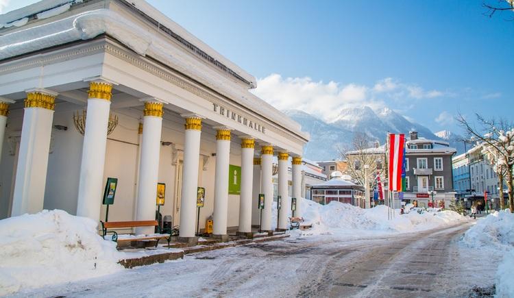 Trinkhalle im Winter (© Lenzenweger)