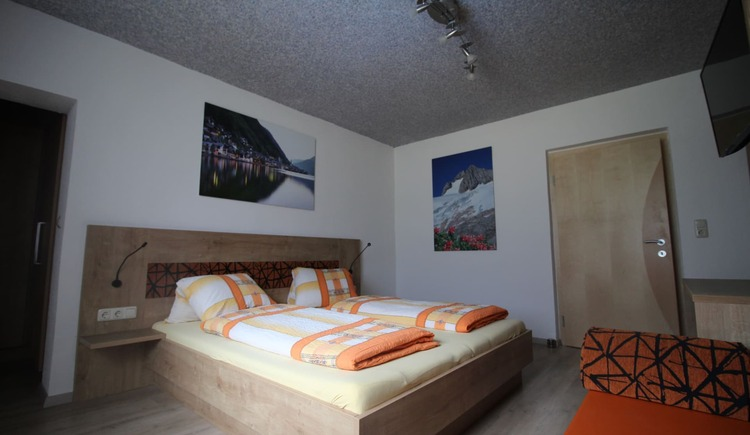 1. Schlafzimmer Dachstein. (© seekda)