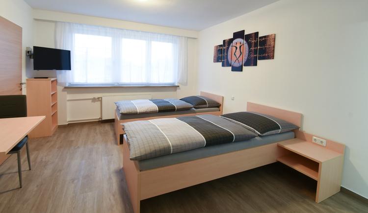 Zweibettzimmer Pension Reichersberg (© FotoloungeBlende8)