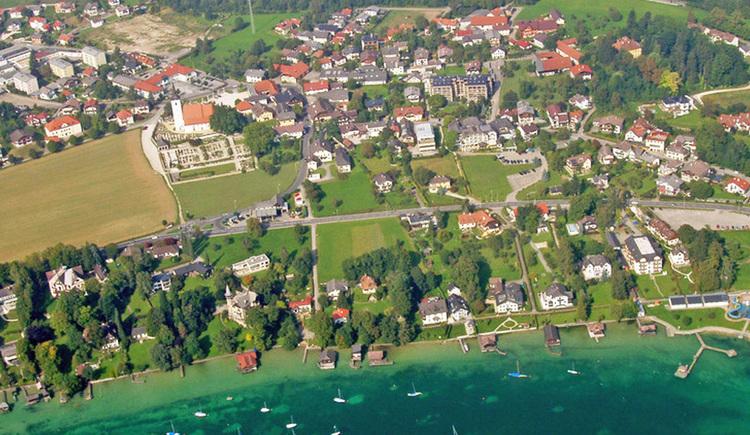 Luftbildaufnahme von Seewalchen. (© Bgm. Mag. Johann Reiter)