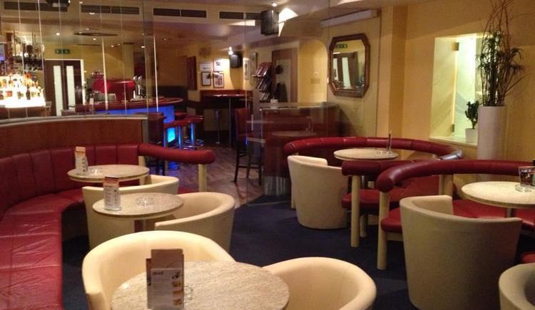 Gemütliches Café (© Oberngruber KG)