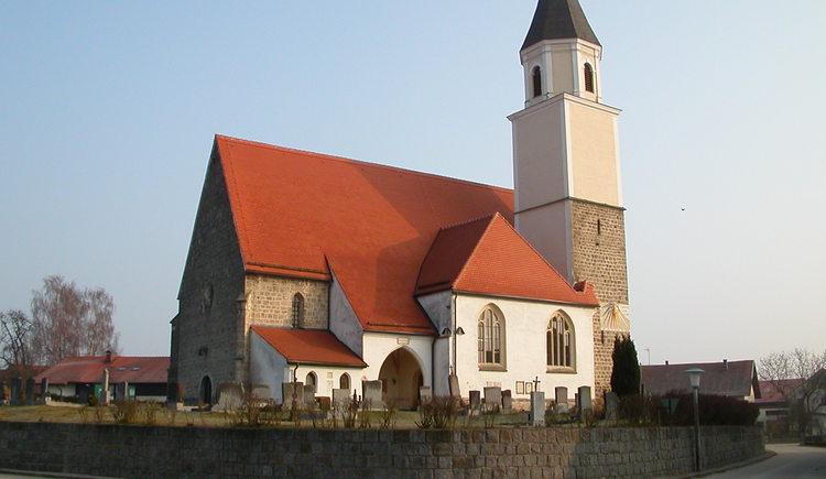 Pfarrkirche Münsteuer.jpg