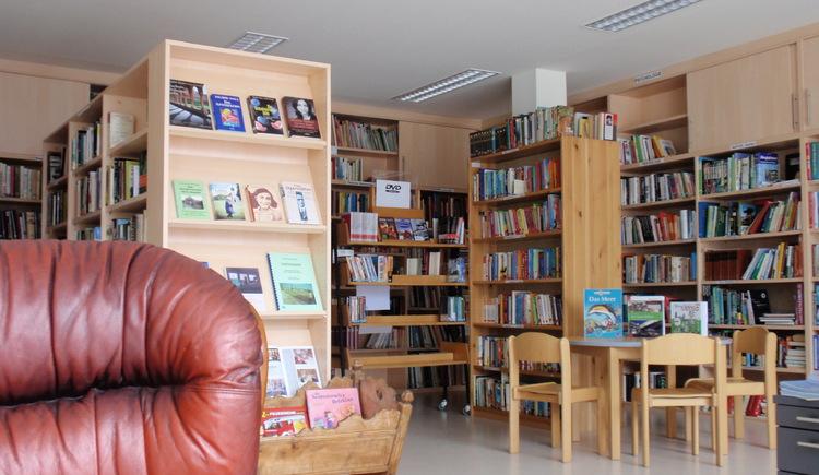 Gemeindebibliothek im Gemeindezentrum Weitersfelden. (© Marktgemeinde Weitersfelden)
