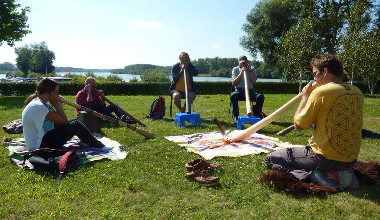 Au an der Donau, Didgeridoo Workshop. (© Gerhard Ebner)