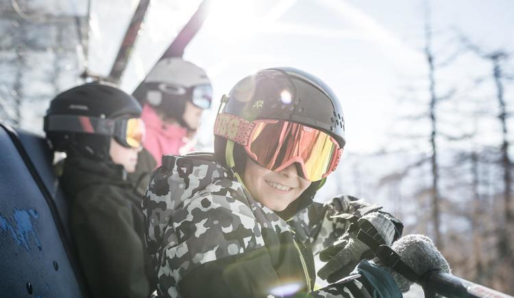 Pyhrn Priel_Winter_Hinterstoder_Skifahren_Familie_ (© OÖ Tourismus GmbH/Moritz Ablinger)