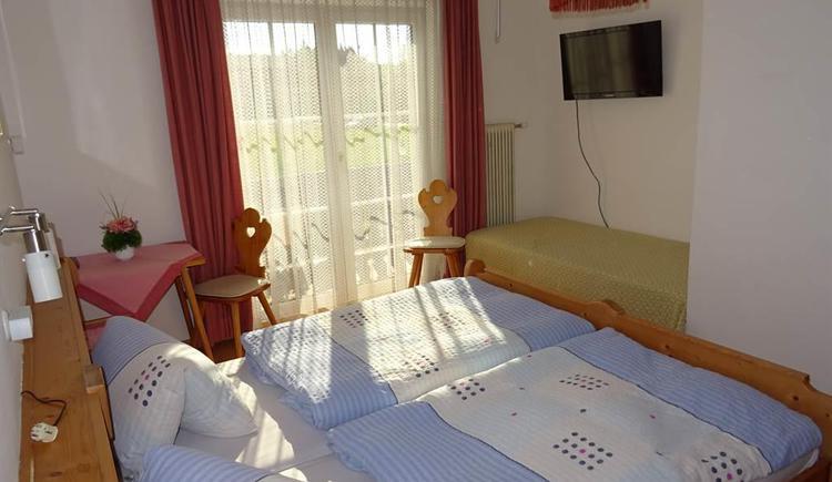 Doppelzimmer mit Sonnenschein