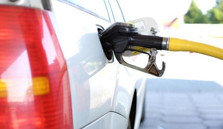 Tankstelle (© www.pixabay.com)
