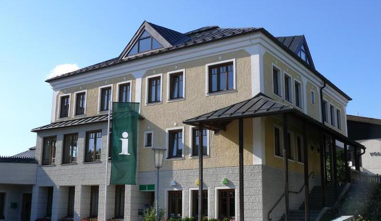 Gemeindezentrum Hof bei Salzburg