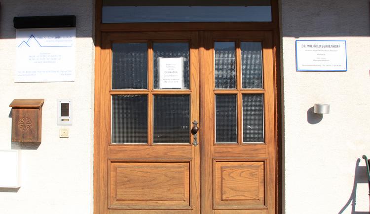 Eingangsbereich der Ordination vom praktischen Arzt Dr. Lothar Berkenhoff.