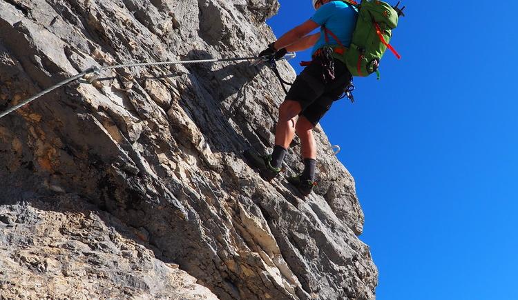 Gr. Priel Klettersteig Holger Friedl Manuela 10.10.2018 09-38-20 (© TVB Pyhrn-Priel/Kniewasser)