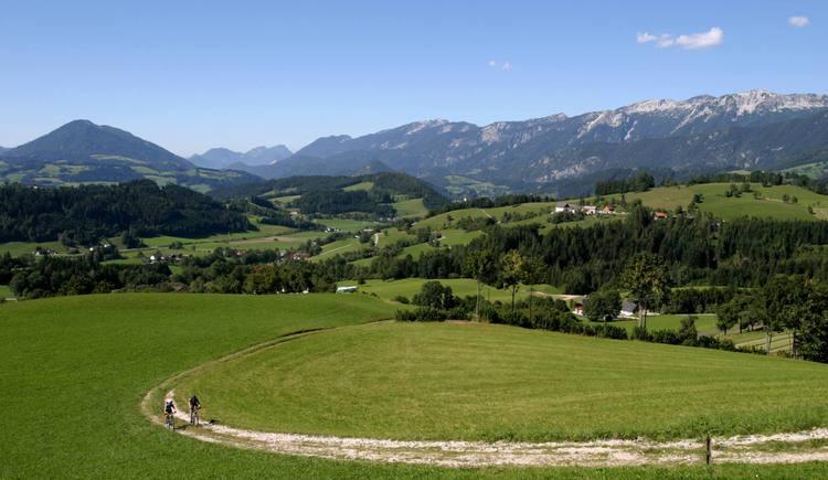 Blick von Oberweng auf das WIndischgarstnertal (© Pyhrn-Priel Tourismus GmbH/Hubert Hager)