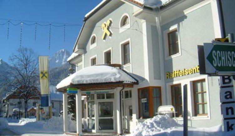 Raiffeisenbank im Winter