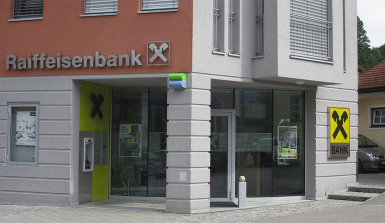 View of the entrance of the bank