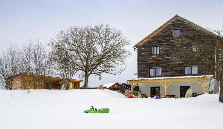 Platz zum Spielen im Schnee (© by Gästehaus