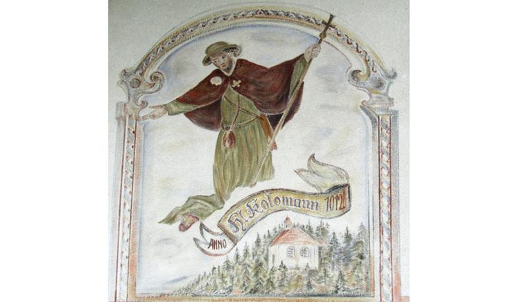 Blick auf ein Gemälde auf einer Hauswand