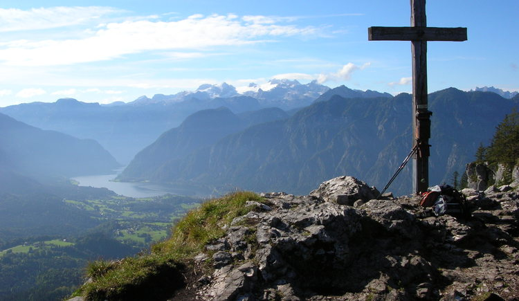 From Berghotel Predigstuhl you can reach the Leadership via ferrata in about 40 minutes.\nEnjoy the magnificent view over the Goiserertal and the Hallstättersee.