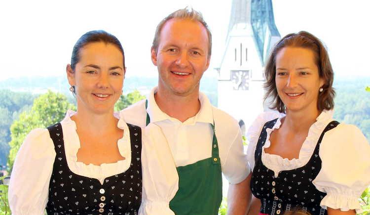 Das Weindlhof-Team freut sich auf Ihren Besuch! (© tvm)
