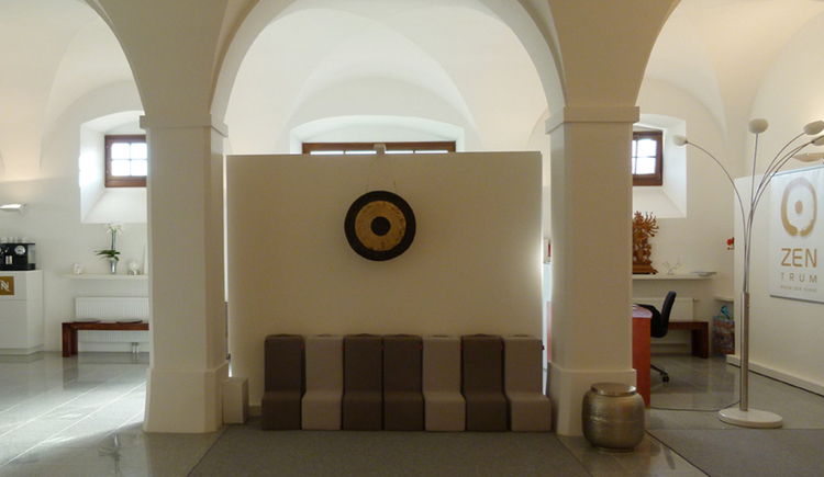 Blick in den Meditationsraum vom ZENtrum Mondsee