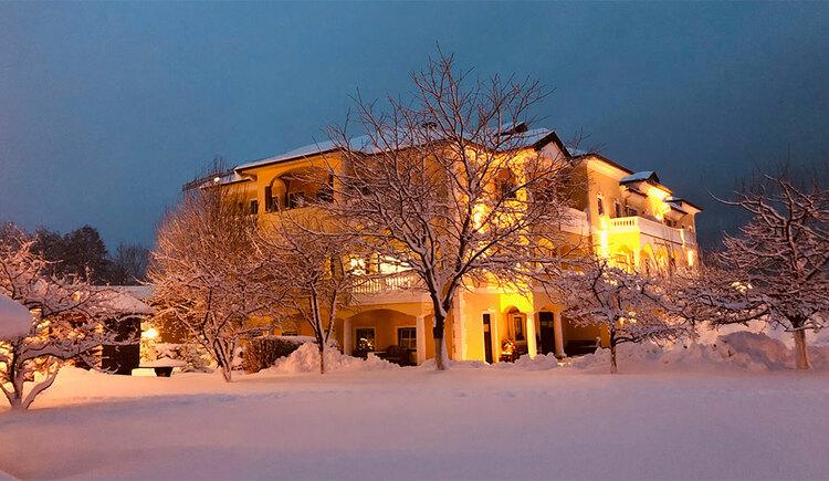 Aussenansicht im Winter Hotel Eichingerbauer**** Superior (© Sabine Sperr)