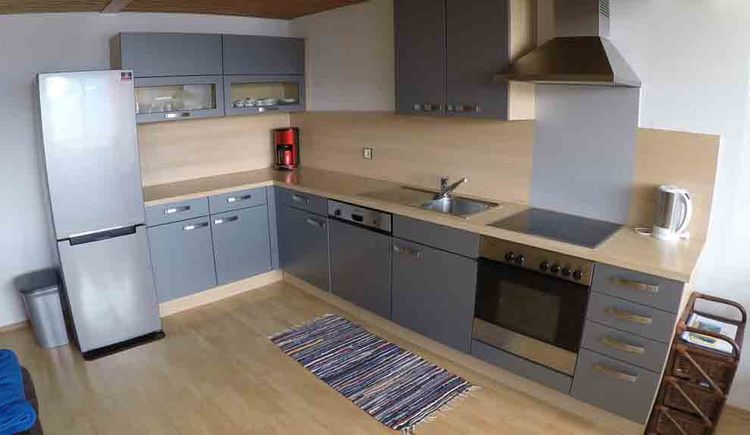 kitchen, coffee machine, dishwasher, kitchen sink, cooker, kettle\n