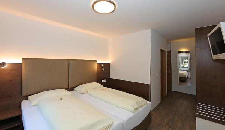 Doppelzimmer Beispiel Hotel Der Kaiserhof Ried im Innkreis. (© Elisabeth Poringer)