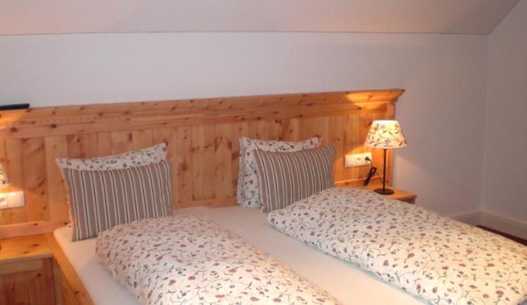 Landhaus Roidergütl - Familie Laimer: Schlafzimmer, Apartment 2