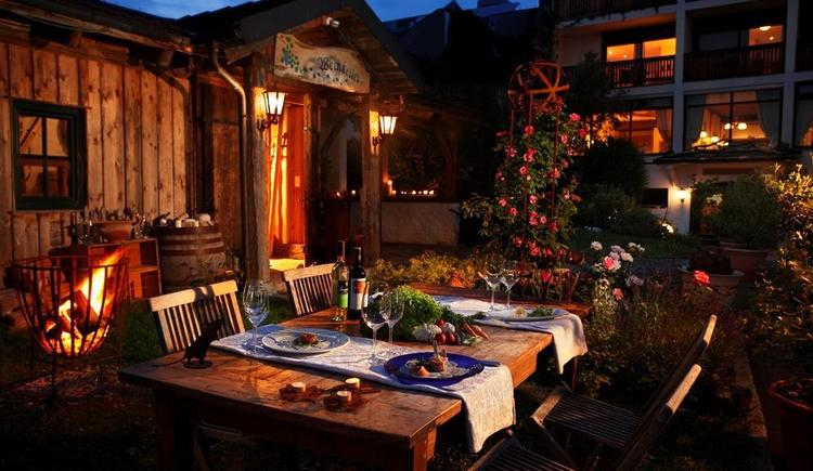 Romantisches Dinner (© Kräuter- und Wanderhotel Bärnsteinhof)
