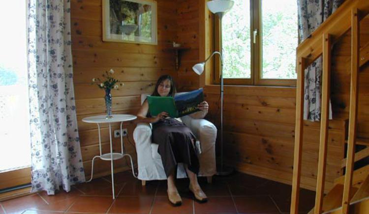 Gemütliche Leseecke zum Entspannen. (© Rehn)