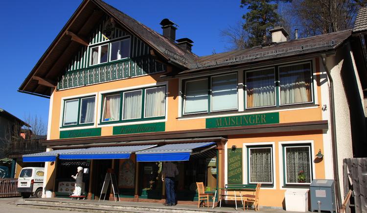 Vorderansicht der Bäckerei Maislinger in Au bei Bad Goisern am Hallstättersee